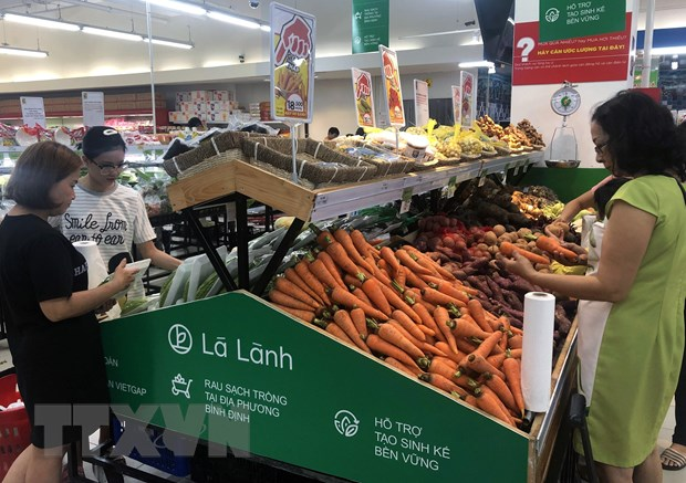 The Lá Lành brand of clean vegetables is available for the first time in the central province of Bình Định. — VNA/VNS Photo Nguyên Linh