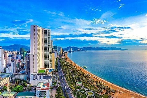 Nha Trang Beach in Khanh Hoa Province. Tourism and economic growth help boost the hotel transaction market in Viet Nam in 2019. — Photo baoquocte.vn.